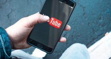 Comment lire des vidéos YouTube avec l'écran éteint