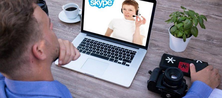Comment faire une téléconférence Skype